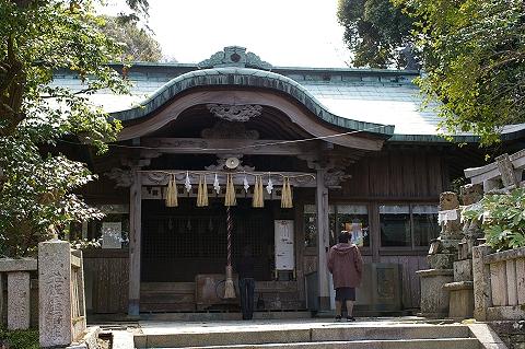 椎宮八幡神社拝殿
