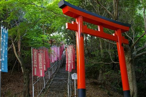 丸山神社参道口
