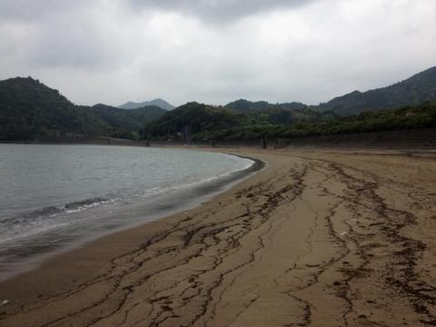 雨の田井ノ浜