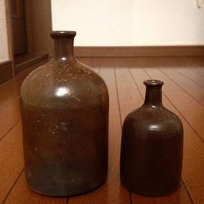 大谷焼の瓶