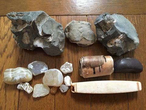 化石やメノウ